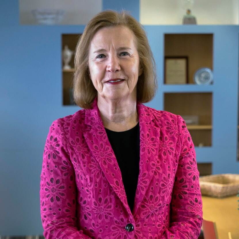 Mrs T. (Tineke) Netelenbos